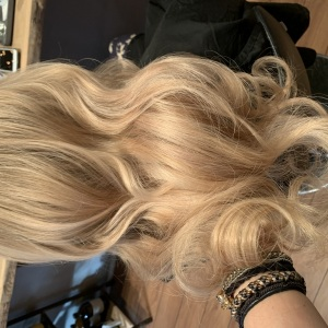 Hair-extensions-